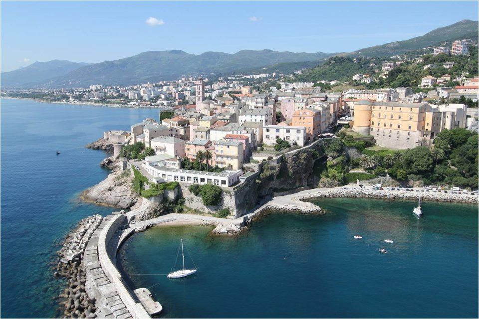 Corsica, scoprite l'isola della Bellezza e dei mille colori
